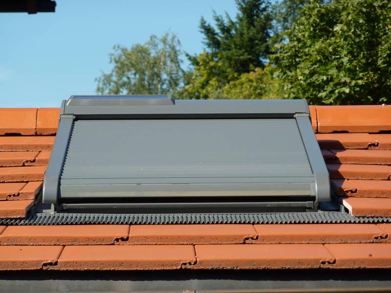 velux montieren img with velux montieren free dachfenster einbauen montieren auf ziegel. Black Bedroom Furniture Sets. Home Design Ideas